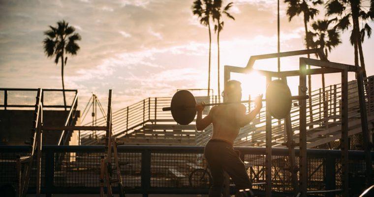 筋トレで痩せる効果的な頻度「毎日or時々・朝or夜」どちらが有効?