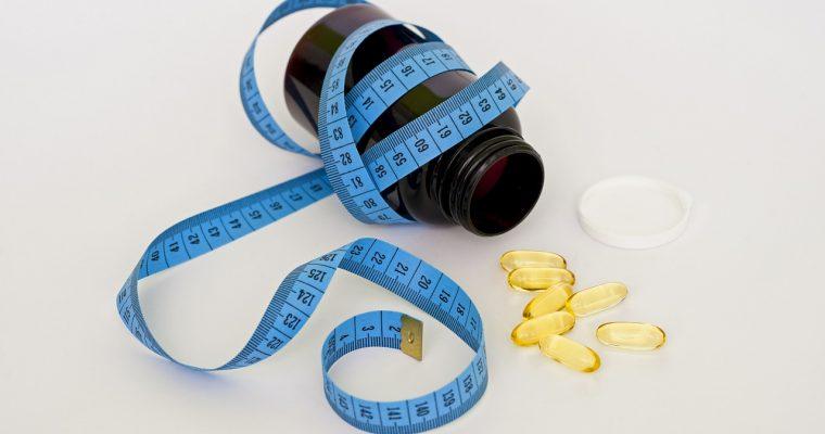 筋肉を増やしたい人必見!優先して摂るべき食品と飲むべきサプリ