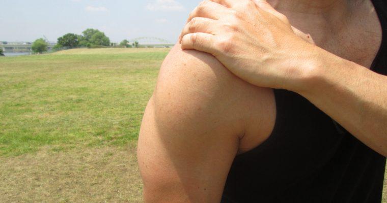 腕がなかなか太くならない人は間違った腕の筋トレをしている